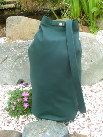 leather duffel daysack bag