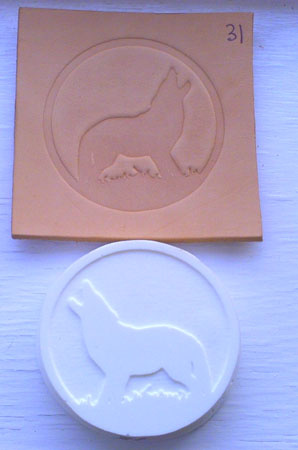 howling wolf round leather embossing plate 31